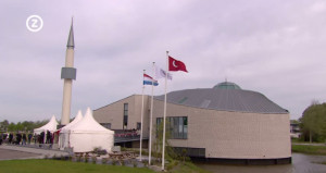 Feestelijke opening van de nieuwe Turkse moskee in Middelburg.