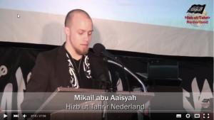 Mikail Abu Aaïsyah tijdens een congres van Hizb ut-Tahrir.