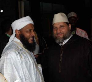 Onderonsje in Caïro tussen de Mauritanische Moslimbroeder Ould Dedew (links) en de Nederlandse salafist Fawaz Jneid.