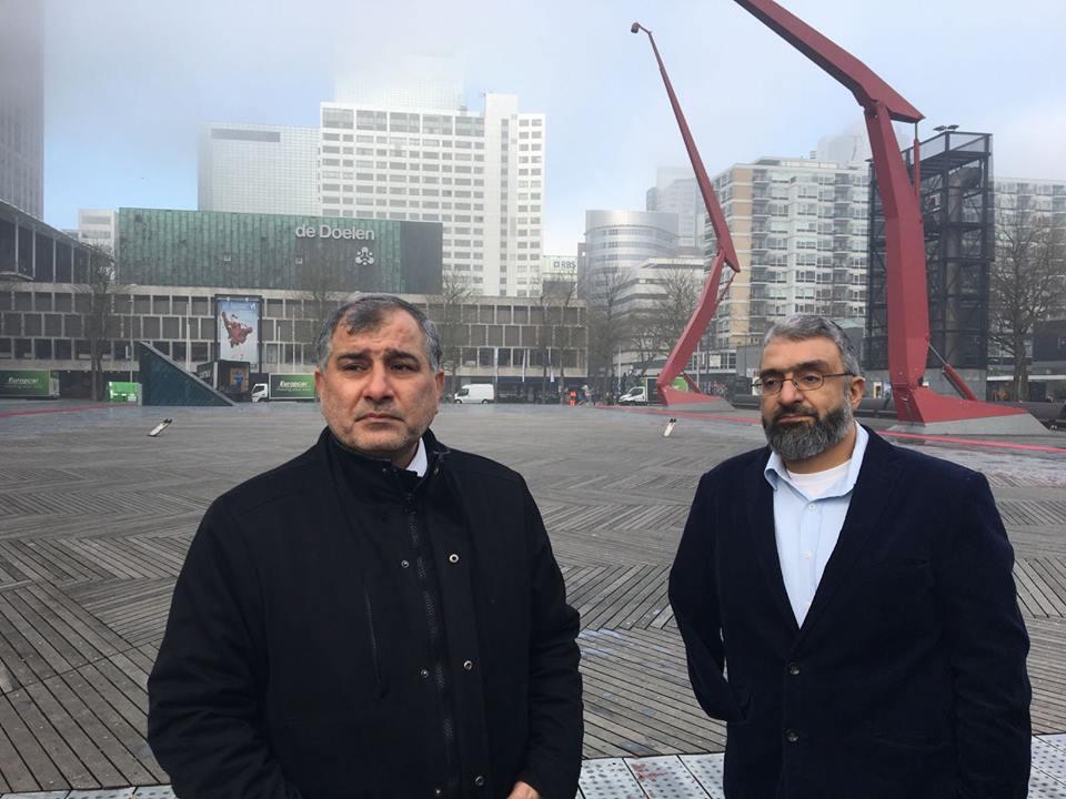 Europese Hamas-leiders Majed al-Zeer (links) en Amin Abou Rashed inspecteerden onlangs De Doelen